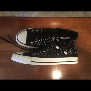 Converse Sneakers Size 8